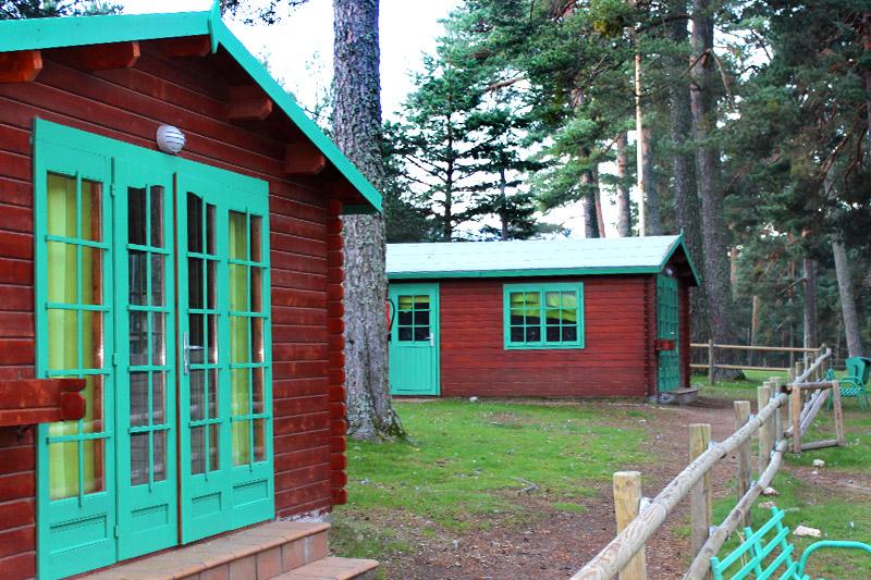 campamento-alto-leon-cabanas
